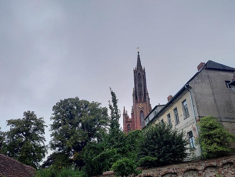 Blick auf die Klosterkirche von Malchow.